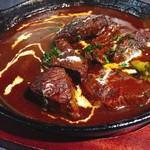 塊肉ステーキ&ワイン Gravy'sFactory - 牛肉のシチュー 赤ワイン仕立て