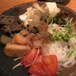 鮮魚と網焼き 胡座 - 生麩サラダ