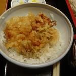 松美家 - 小海老のかき揚げ丼