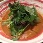 ドラゴンパンチ - パクチー族の担々麺(1280円)