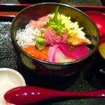 和食屋 - のっけもり海鮮丼