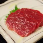 ミートプラザ尾形 - 料理写真:馬刺