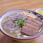 浜屋 - 沖縄そば(大)¥680