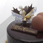 レオニダス - レオニダスチョコレートをふんだんに使用した贅沢な大人のXmasケーキが初登場!箕面小野原店・千里中央店のみ