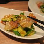 中国料理 麟 - クラゲとピリ辛キュウリ(650円)