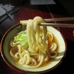 新倉屋 - モチモチの麺です。