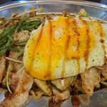 自家製麺やきそば専門 真打 みかさ - ソース焼きそば(中)750円(税込)