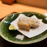 和食 こんどう - 羅臼の白子、入間の里芋の揚げ物