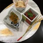59311231 - 前菜 鯛の煮こごり、赤蒟蒻の土佐煮、無花果胡麻和え どれも上品で美味しい♡