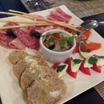 ヴィラッツァ ドゥエ - イタリアン前菜5種盛り合わせ