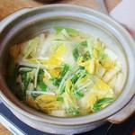 59312046 - 先付けは土鍋で野菜スープ!!Σ(゚Д゚)
