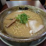 越後秘蔵麺 無尽蔵  - 江坂家らーめん(豚骨醤油味)