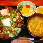 たぬ金亭 - 料理写真:豚玉丼セット 特盛 1600円