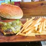 ジャミジャミ - ダブルチーズバーガー フレンチフライ