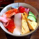 こばやし - 料理写真:(ランチ)海鮮丼¥900 2016.9.15