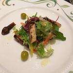 59327099 - 焼き松茸と秋刀魚のスモーク サラダ仕立て