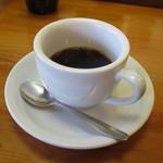 とんかつ ひやま - 食後のコーヒー。ちょっと量が少ないのが残念。