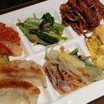 上海柿安 - 餃子、担々麺など★