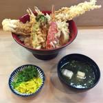 鎧 - お店おススメの海老穴子丼