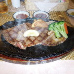 ステーキハウス ジャンジャン -  石垣島産の美崎牛・A5サーロインを使用したサーロインステーキです。