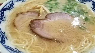 博多麺房 赤のれん - スープがたまらん 2016.11