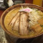 武者気 - 2016/11/26 辛味噌らぁ麺(辛味噌別皿)