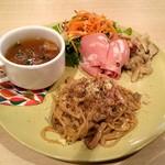 Grill&Dining VALET. - ある日のレディースセット ¥1000(税込) これにドリンクとデザートが付いています