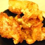 尾道ラーメン 麺屋壱世 - セットの唐揚げ