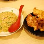 尾道ラーメン 麺屋壱世 - 唐揚げ半チャーハンセット