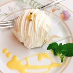 レストラン ポニイ - ごま豆乳モンブラン