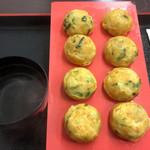明石玉 十三味 - こだわり卵で九条ネギの明石玉(700円+税)
