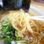 麺屋 彰 - 中太ストレート麺