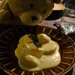 59352325 - ジャガイモとチーズのソース