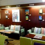 パスタ・エ・カフェ・シオサイ - 誰もいない夜の絵本ミュージアムゾーンの雰囲気は格別!