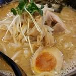 TOKYO 鶏そば TOMO - 鶏 白味噌ラーメン(期間限定)