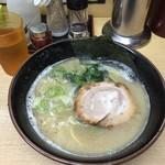 麺屋 達 - ラーメン680円