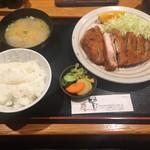 59360368 - ロースカツ定食1500円
