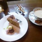 茶房松葉庵 - 料理写真:紅茶とケーキ