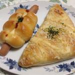 舞乃市 - 料理写真:ウィンナーロールとハムチーズパン
