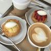 テラス ダニエル - 料理写真:洋梨タルト、イチゴタルト、カフェラテ
