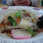蓮田サービスエリア(下り線)レストラン - 皿うどん950円 九州人には甘みが足りない