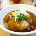 麺や一峯 - 醤油らぁ麺750円