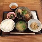 なかよし - 若鶏と茄子の柚子おろし煮定食880円