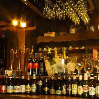 【80種類以上】厳選ワインと海外クラフトビール◎