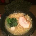 壱壱家 - ラーメン 通常価格680円