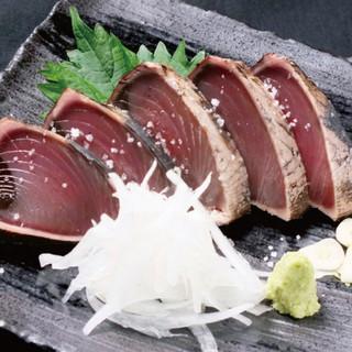 高知の美味いもん『カツオの藁焼きタタキ』