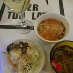 59390995 - ワイン・スープ                       サラダ・ジャスミンティ