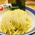 銀座 いし井 - 三河製麺所のつるつる卵麺!