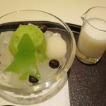 玉澤総本店 - 料理写真:ミニずんだみつ豆