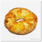 59398553 - クロワッサンベーグル(3種のチーズ)